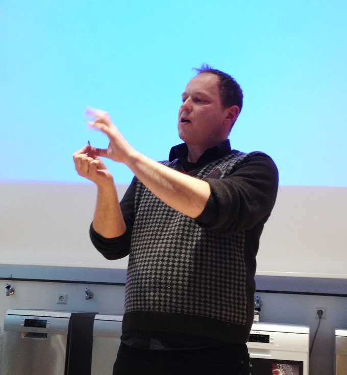 Patrick-Hahnel erklärt Pfeffer