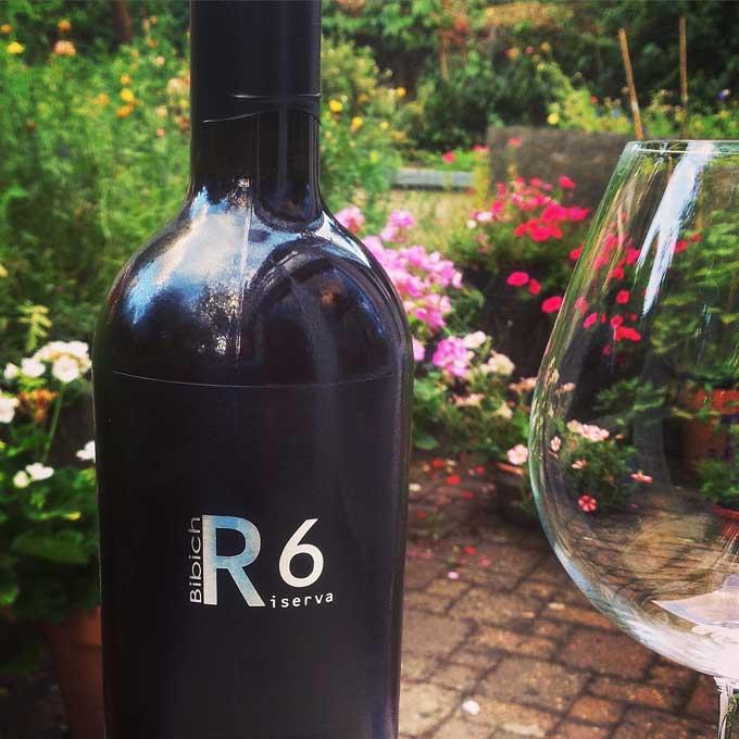 Bibich R6 Rotwein Flasche
