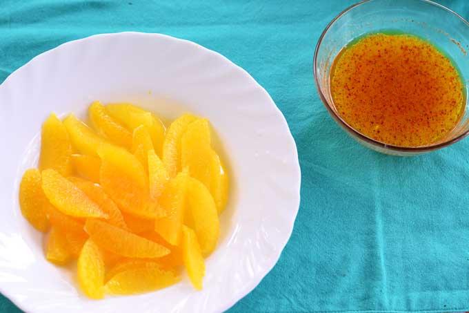 Orangenfilets und Dressing