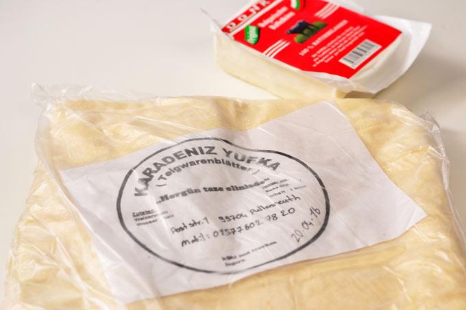 Verpackung Yufka-Teig und Büffelkäse