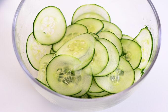Gehobelte Salatgurke