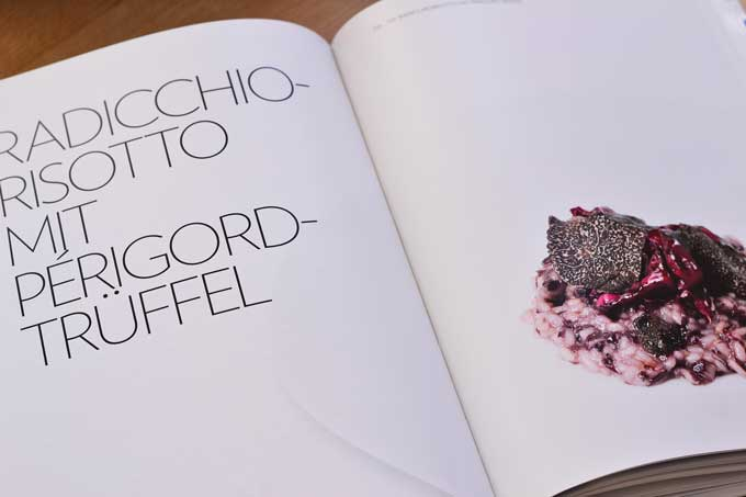 Kochlegende Hans Haas Kochbuch Doppelseite mit Rezept Trüffelrisotto