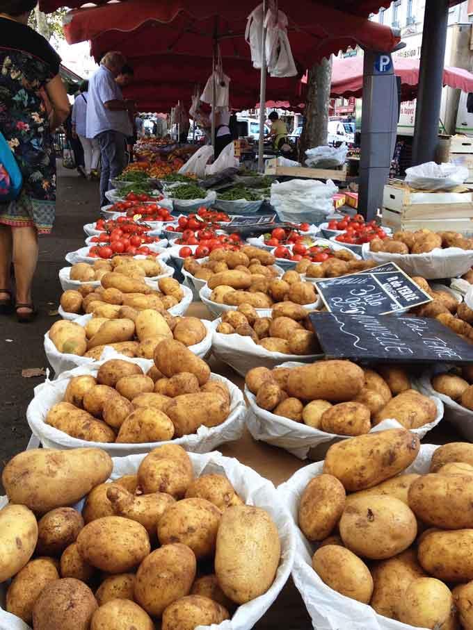 Marktstand in Lyon